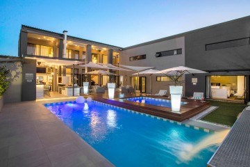 Photography by Cape Town Photographer and Videographer for Malander Luxury Establishments Boutique Hotel in Durbanville